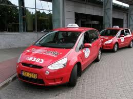 red cab taxi